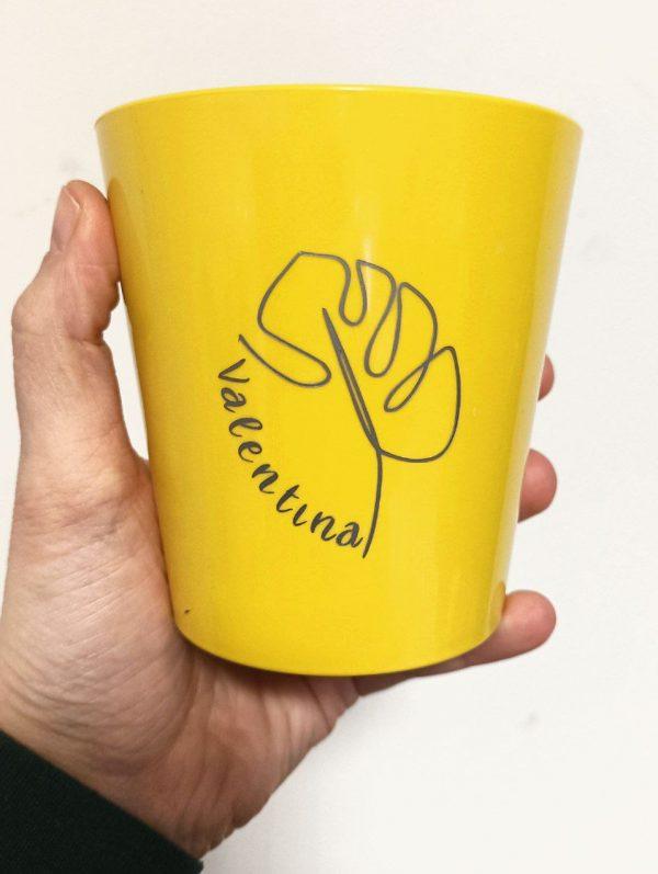 vaso giallo personalizzato con nome
